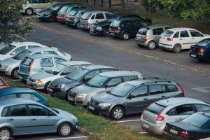Dunakeszi – Büntetés jár a 3 órán túli parkolásért a kijelölt helyeken